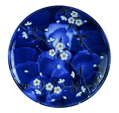 Blue Sakura Plate 25.7cm - InSight. Home and garden decoration