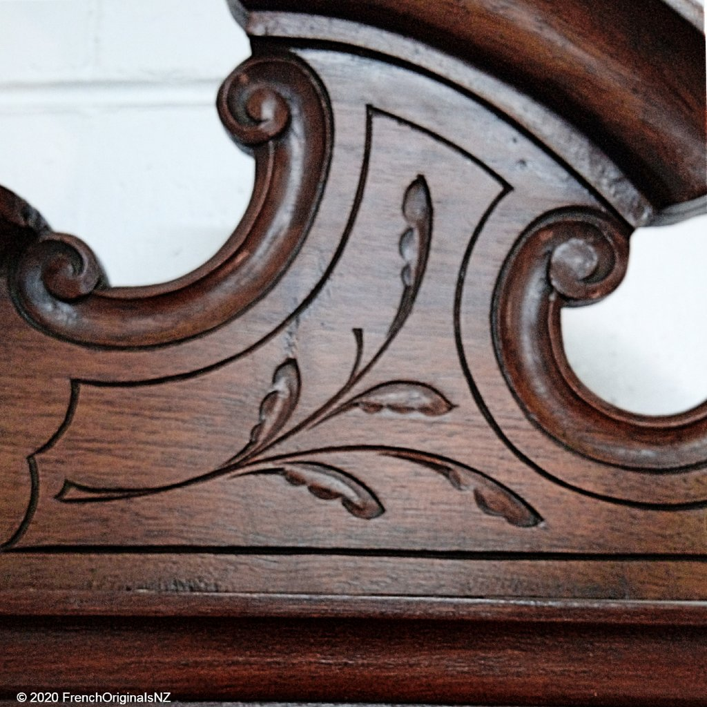 FrenchAntique Coiffeuse Carving Detail NZ