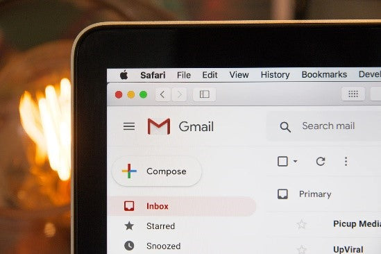 Writing an email on the Gmail client