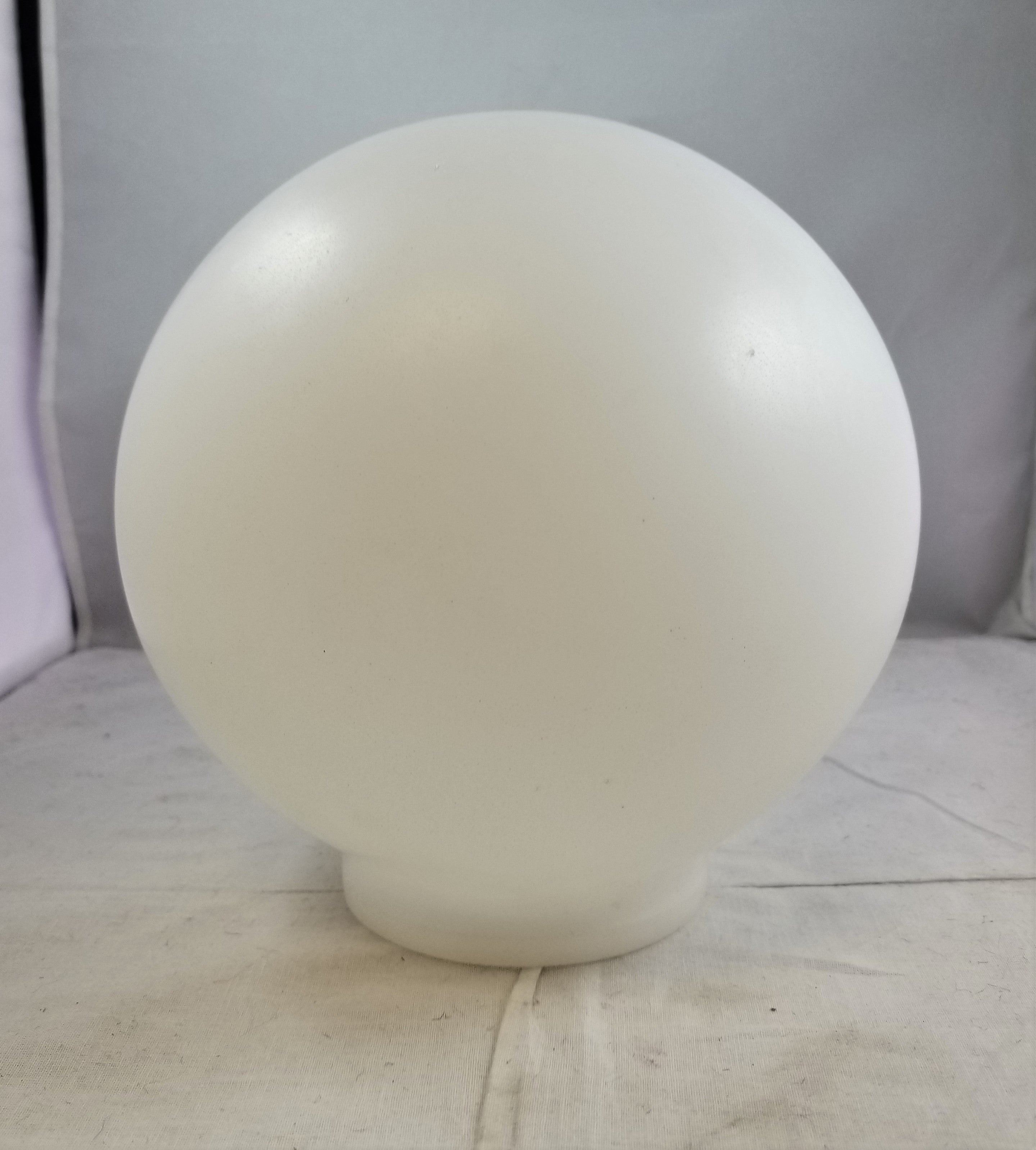 "10"" Plastic Globe with a 4"" fitter"