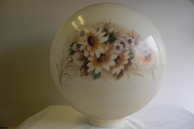 "10"" Decorative Antique Gold Daisy Ball Shade"