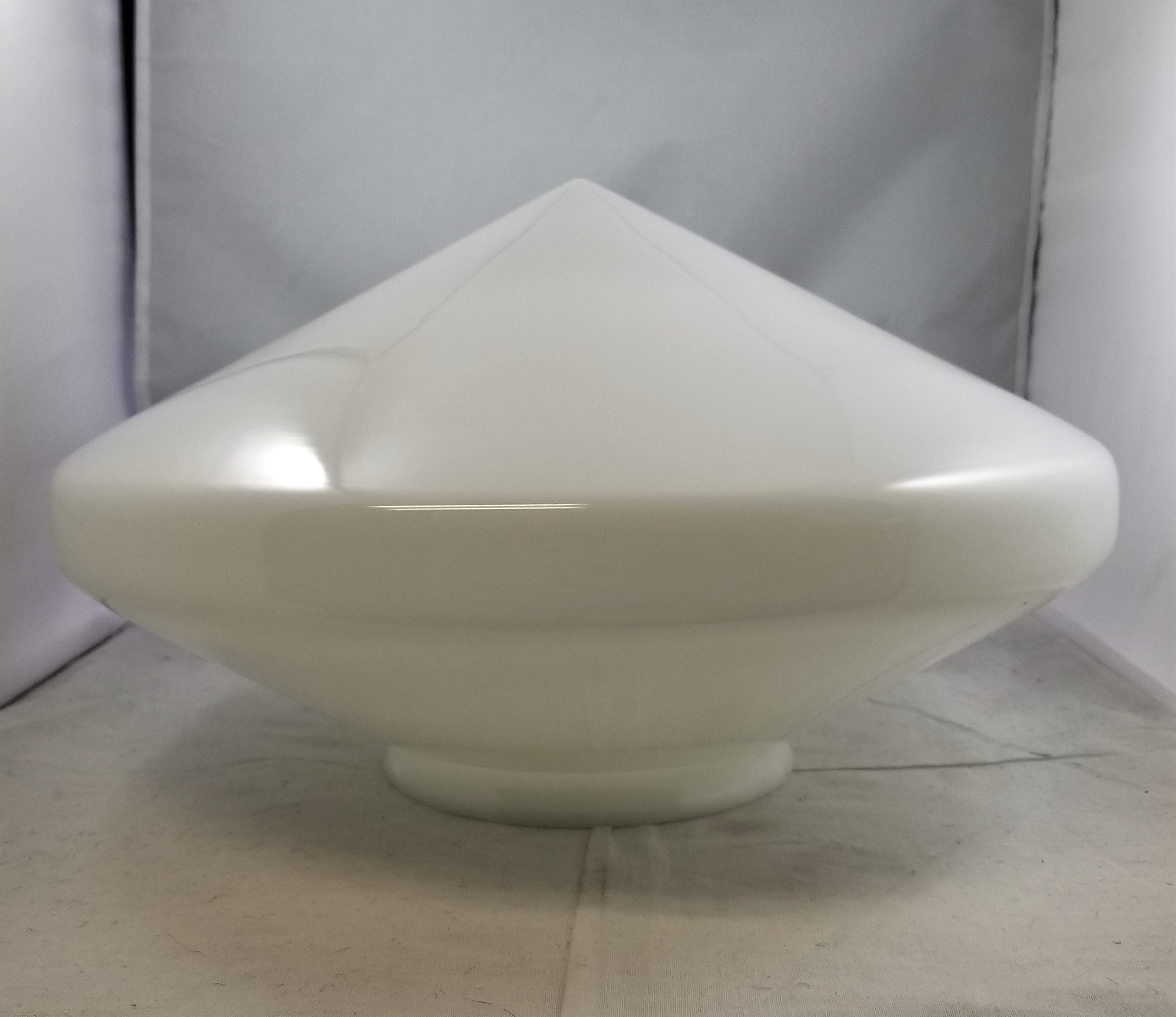 "14"" dia. Opal fixture shade w/ 6"" fitter"