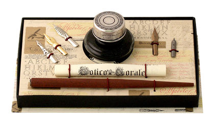 Wood Pen, Pewter Ink Bottle & 5 Nibs