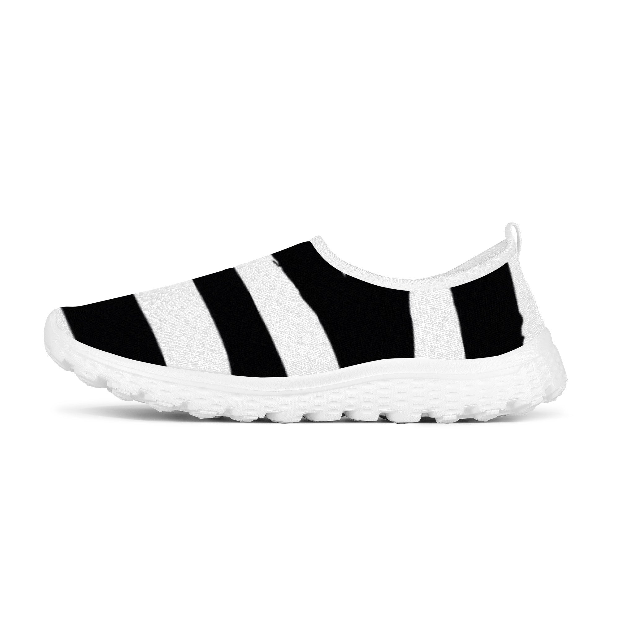 SF_F6 Mesh Running Shoes Black and White HAPPIER FEELINGS