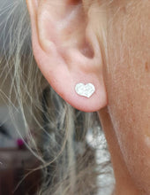 Load image into Gallery viewer, Hammered Silver Heart Studs
