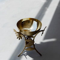 "Load image into Gallery viewer, Stand Bowl Sunflower Big Brass Matte and Shiny 6"" x 8.5"""