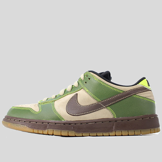 huge discount 242aa 3eaeb ... amazon nike dunk low pro sb jedi yoda a5f7d a2c6b