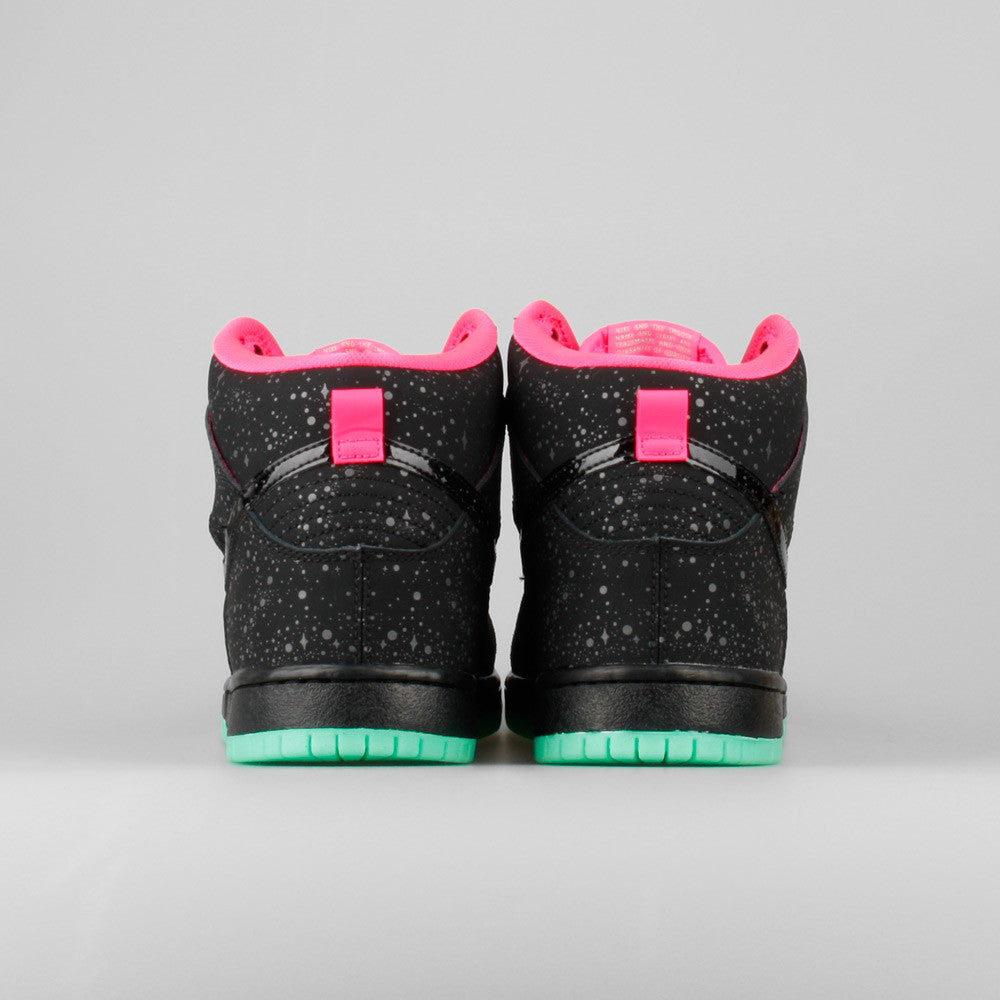 new arrival a5c52 0557a Premier x Nike Dunk High Premium SB QS Northern Lights Yeezy