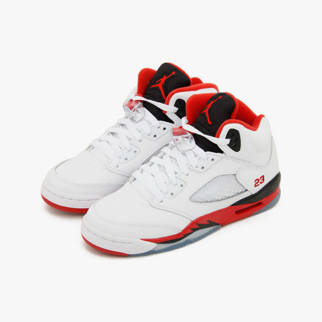 official photos 1b2f2 742e1 ... Nike Air Jordan 5 Retro (GS) Black Tongue (440888-120) ...