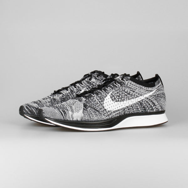 nike flyknit racer oreo 2 0 526628 012 kix files. Black Bedroom Furniture Sets. Home Design Ideas