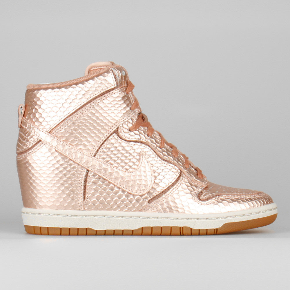 Nike Wmns Dunk Sky Hi Cut Out PRM Metallic Red Bronze