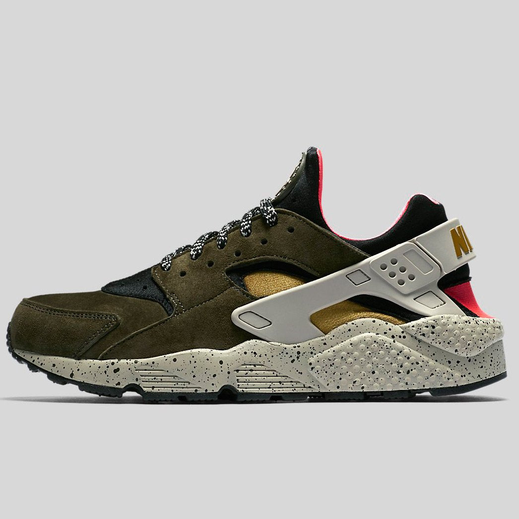 newest collection cheap for discount catch Nike AIR HUARACHE RUN PRM Black Desert Moss-Solar Red-Pale Grey
