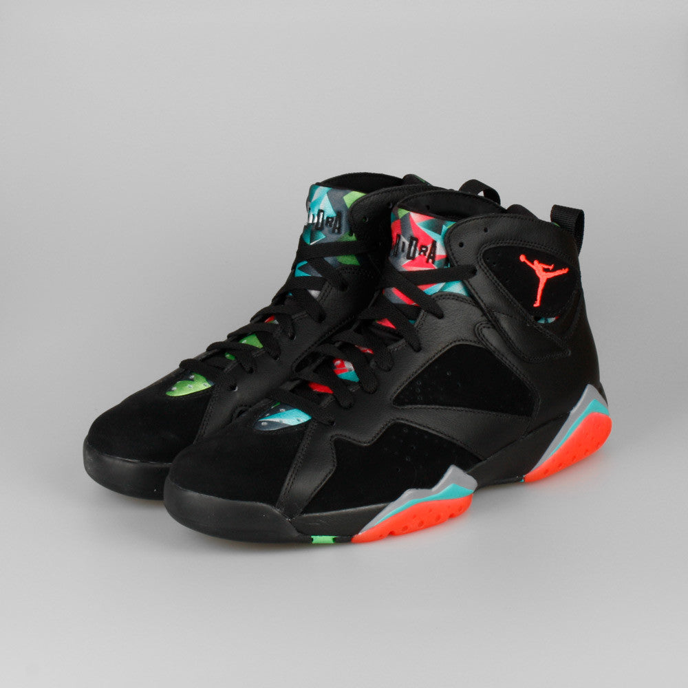 premium selection 0392e 04d50 Nike Air Jordan 7 Retro 30th Marvin The Martian