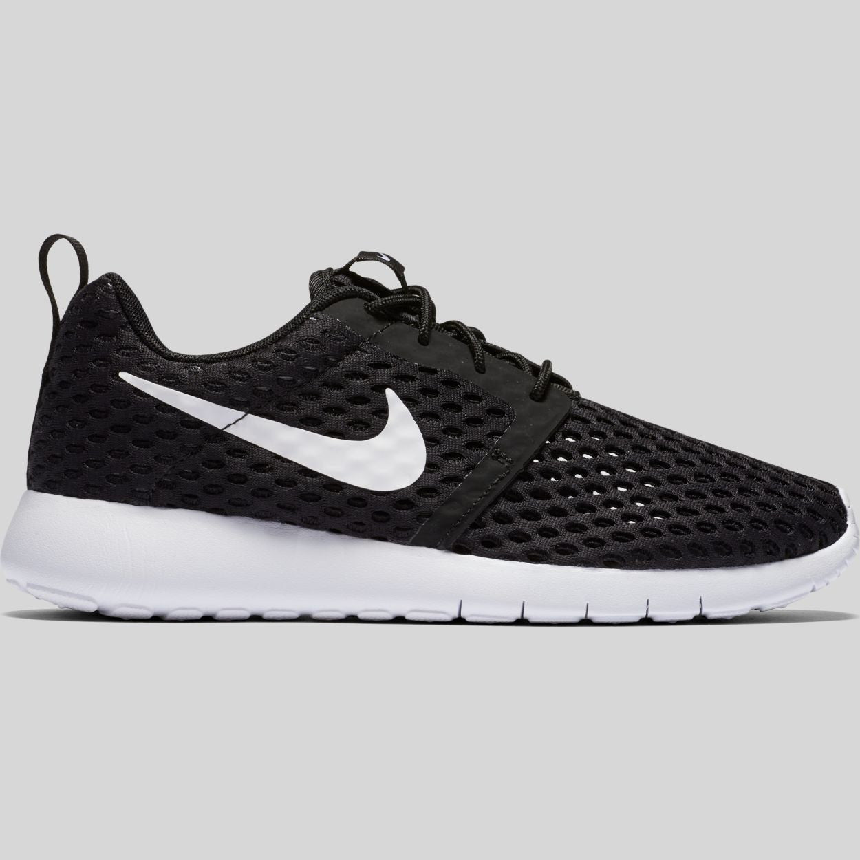 bd5a01df04690 Nike Roshe One Flight Weight (GS) Black White (705485-008)
