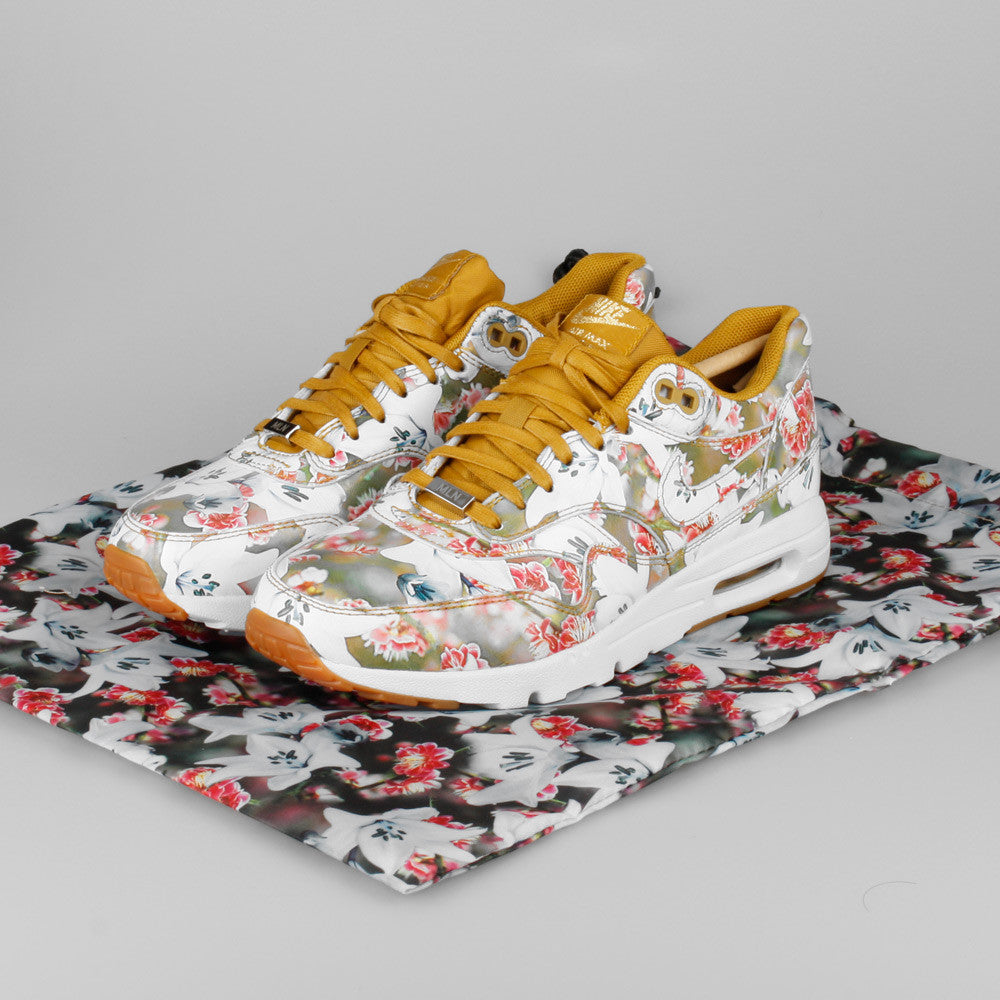 first rate 86580 7a218 Nike Wmns Air Max 1 Ultra LOTC QS Milan