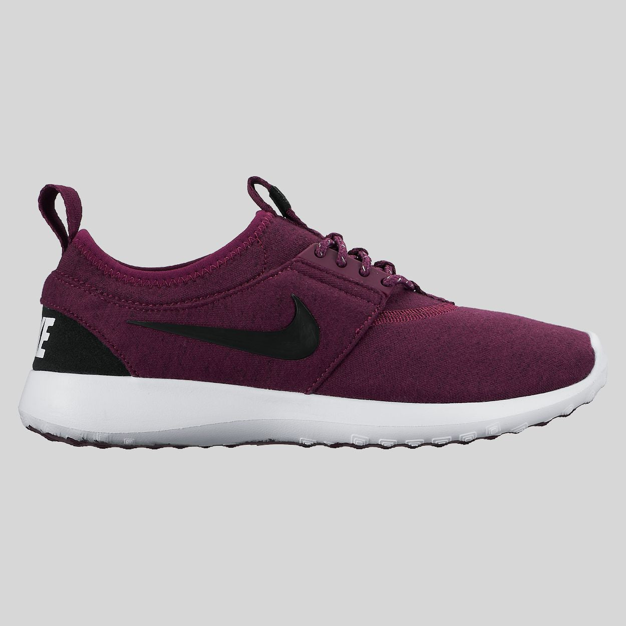 Nike Wmns Nike Juvenate TP Tech Pack Mulberry Black White (749551-500)