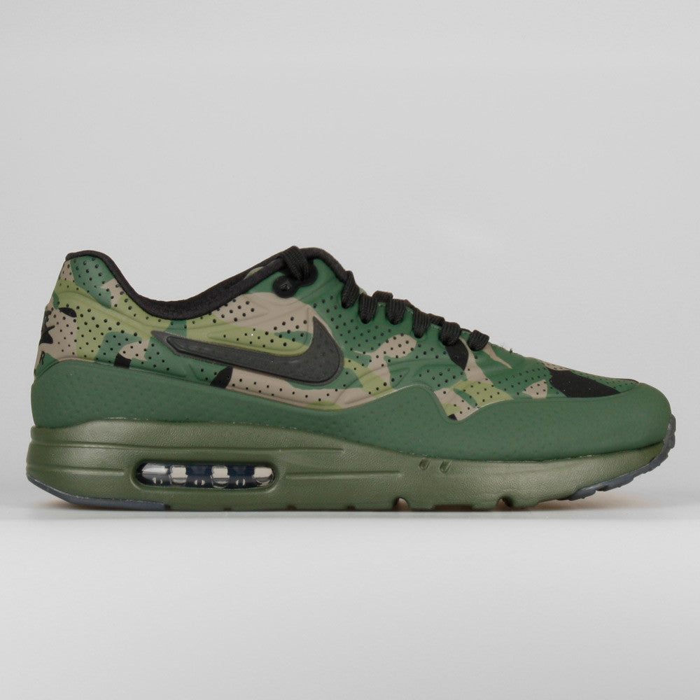 brand new 172bf 13d6a Nike Air Max 1 Ultra Moire Print Carbon Green Black Camo