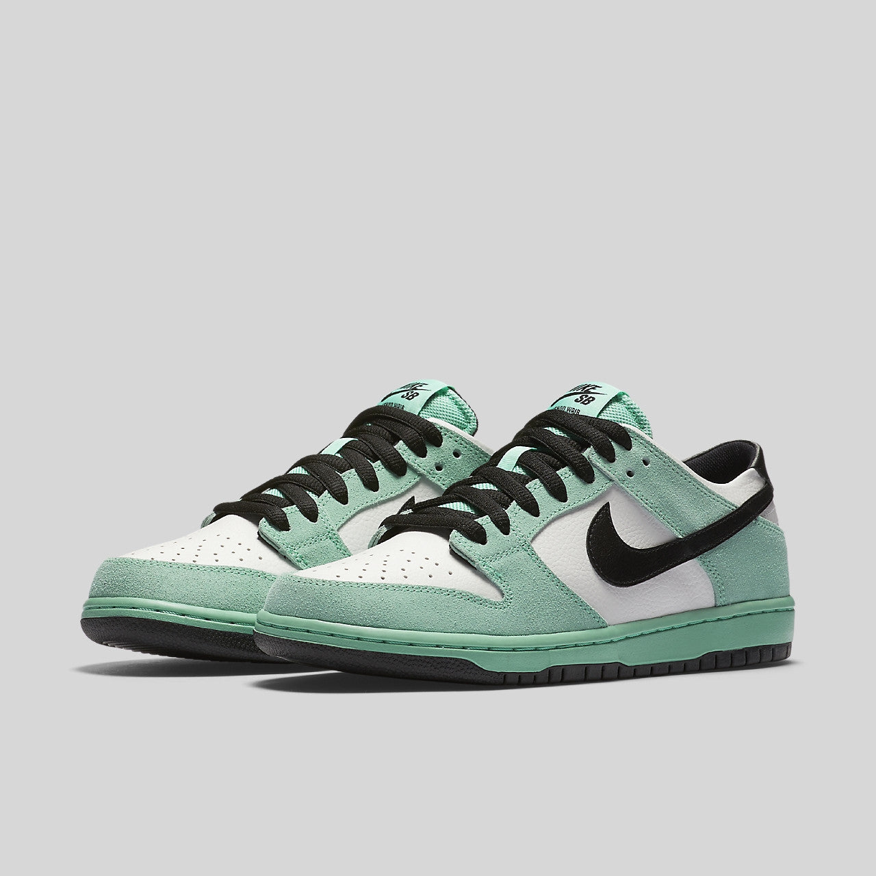 official photos 7507b df99f Nike Dunk Low Pro IW Sea Crystal
