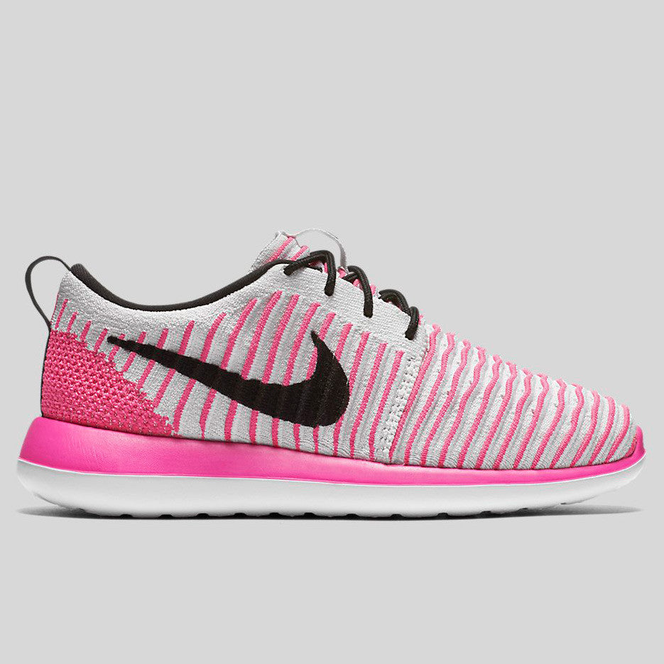 Nike Roshe Two Flyknit (GS) Pearl Pink Black White (844620-600)