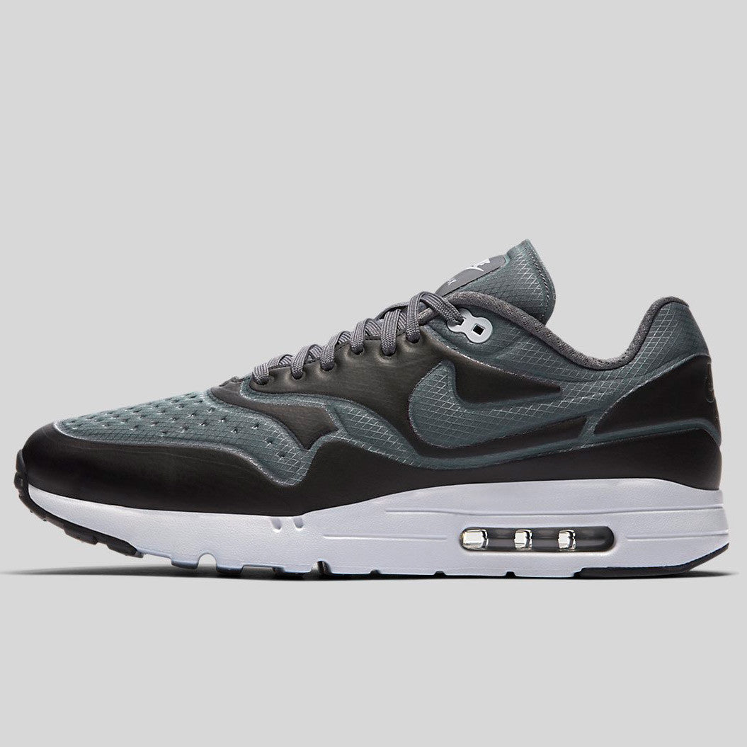 a98dd65dd7df00 nike air max 1 black grey