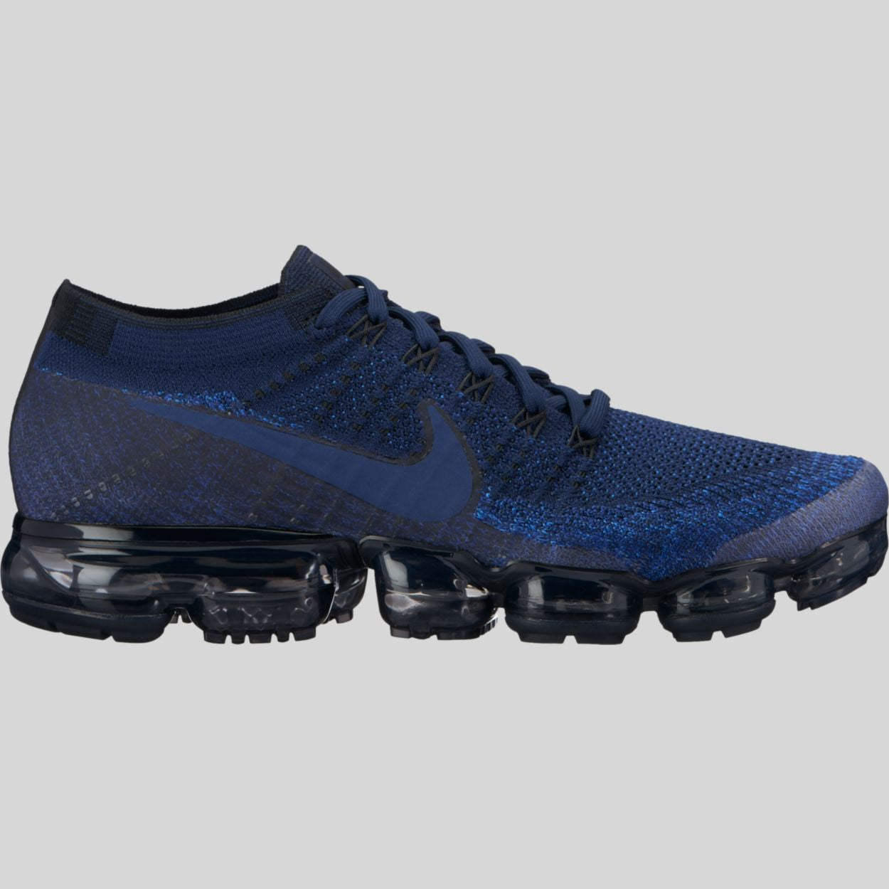 differently 20bbe b5868 Nike Air Vapormax Flyknit College Navy Black Game Royal