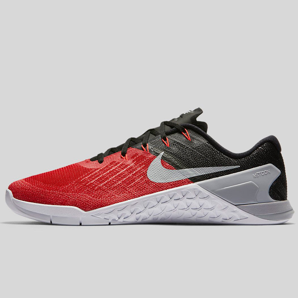 Nike Metcon 3 University Red Wolf Grey Black White (852928-600)