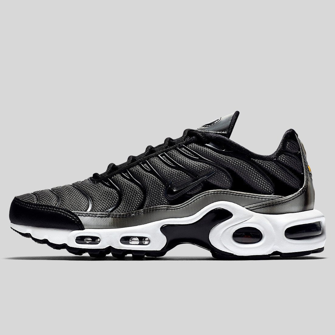 promo code 22c9c 48508 Nike Wmns Air Max Plus SE Black Anthracite White (862201-003)