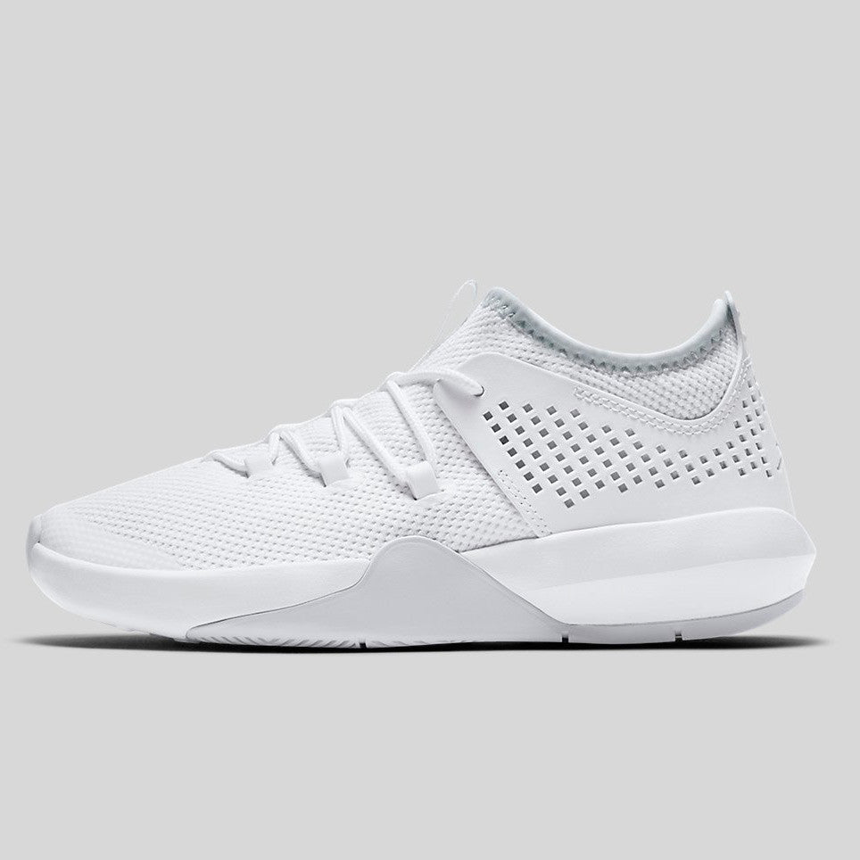 Nike Jordan Express BG (GS) White Pure Platinum White (897990-100)