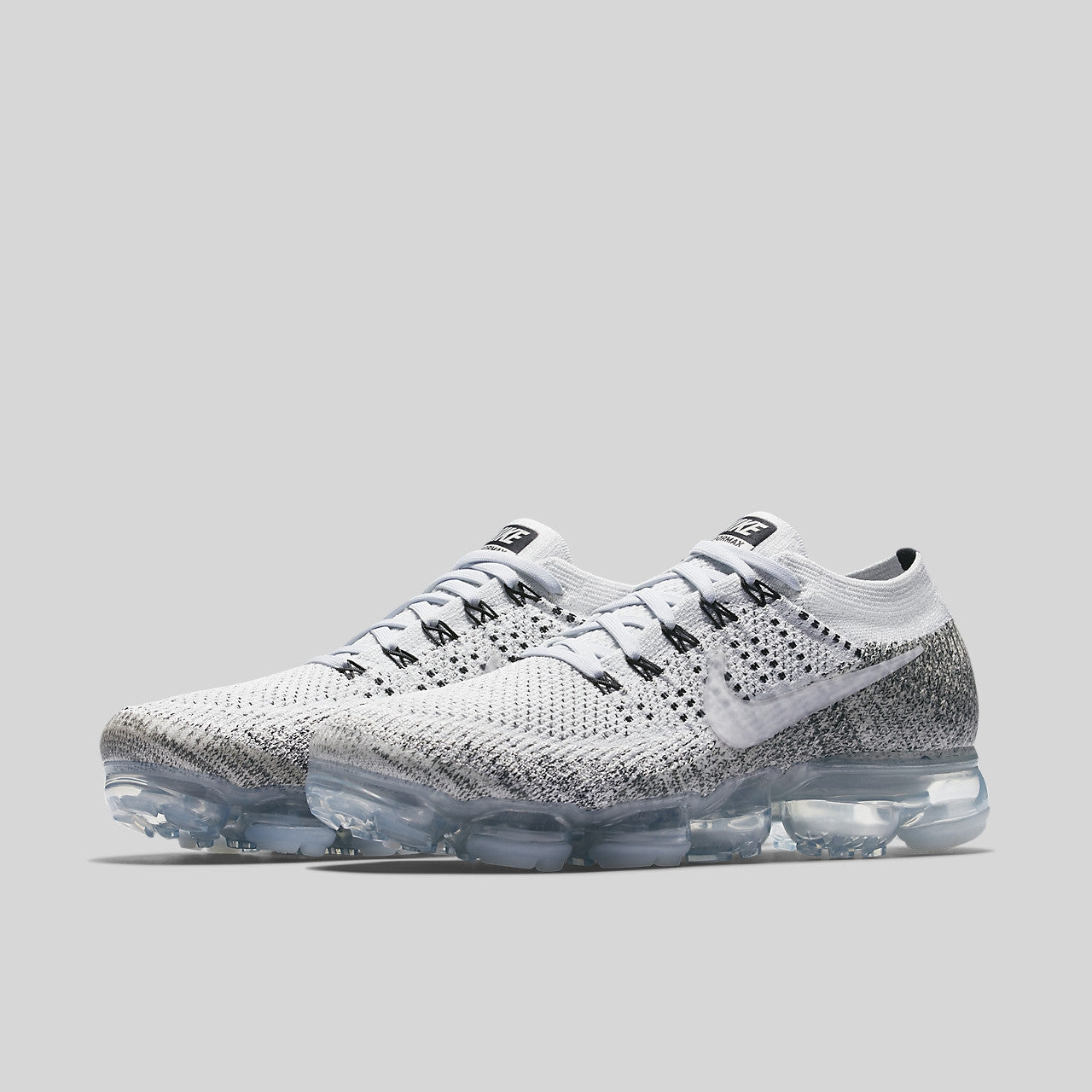Nike Air Vapormax Flyknit Oreo. Item Number  899473-002 b8dc648f81e3