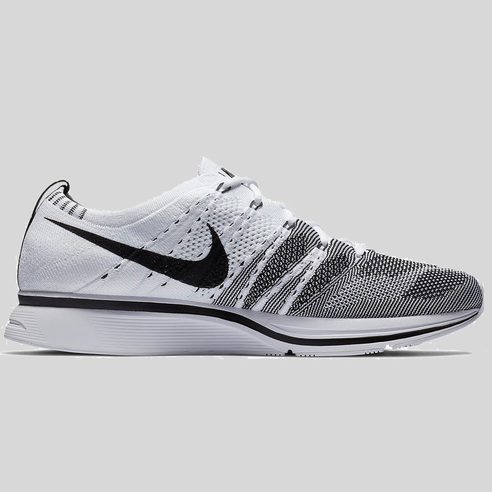 new concept 92720 b89b2 Nike Flyknit Trainer White Black