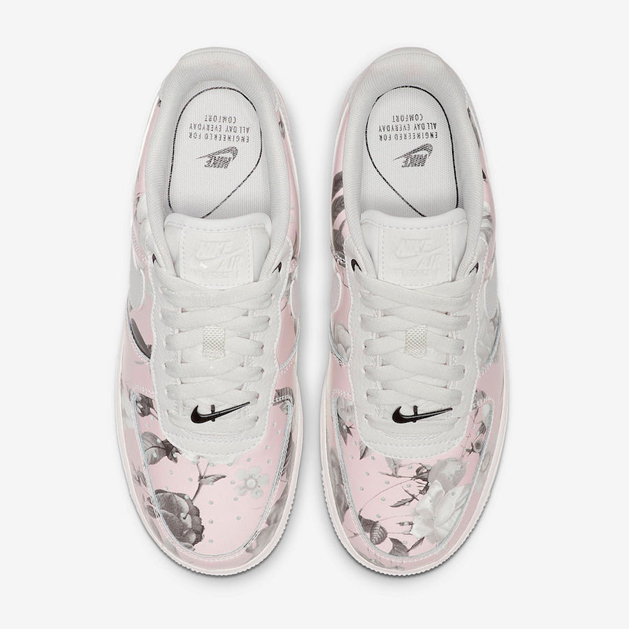premium selection 62bc1 10f4a Nike Wmns AIR FORCE 1  07 LXX (AO1017-102)