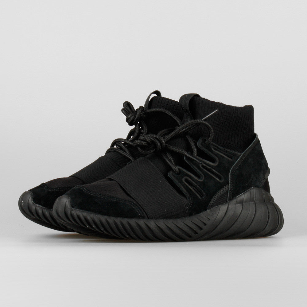 62cba5ba99f0 adidas Tubular Doom Triple Black (S74794)