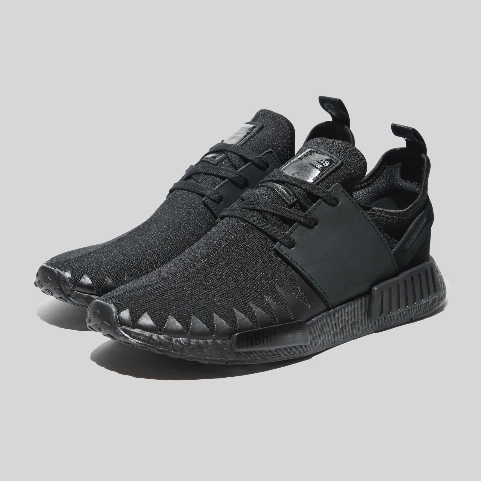 sports shoes d16f1 7cf8f adidas Originals x Neighborhood NMD R1 PK