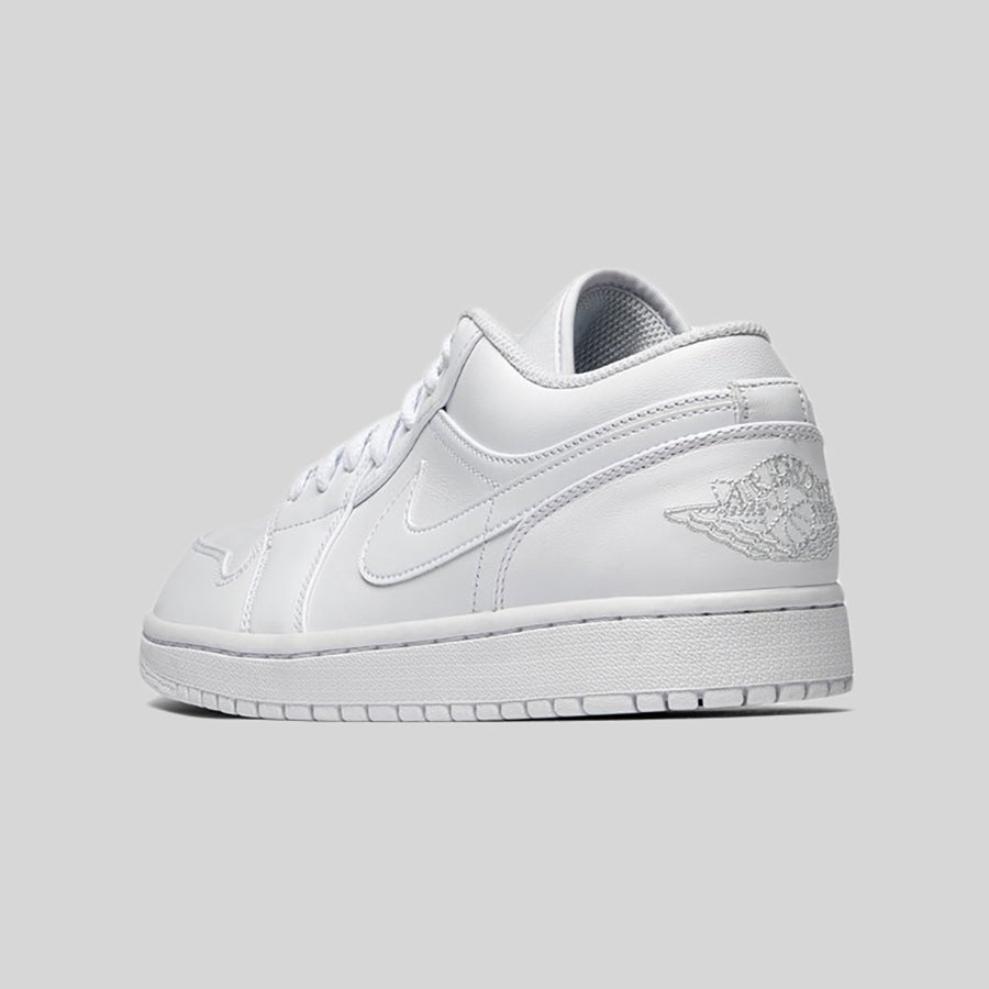 separation shoes cf7ee 9c54e Nike AIR JORDAN 1 LOW White Pure Platinum