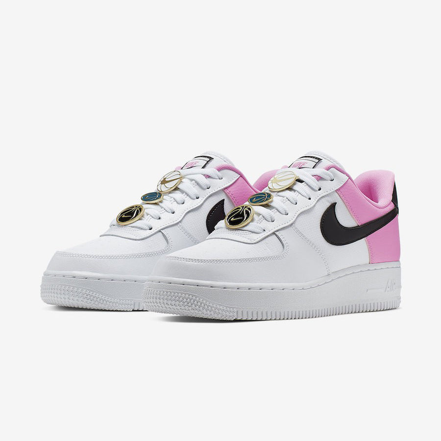 Nike Wmns AIR FORCE 1 '07 SE (AA0287