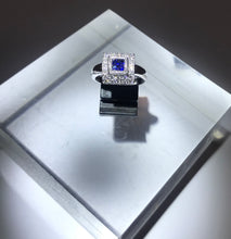 Load image into Gallery viewer, Diamond And Sapphire Ring