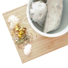 Load image into Gallery viewer, Lavender Bath Tea