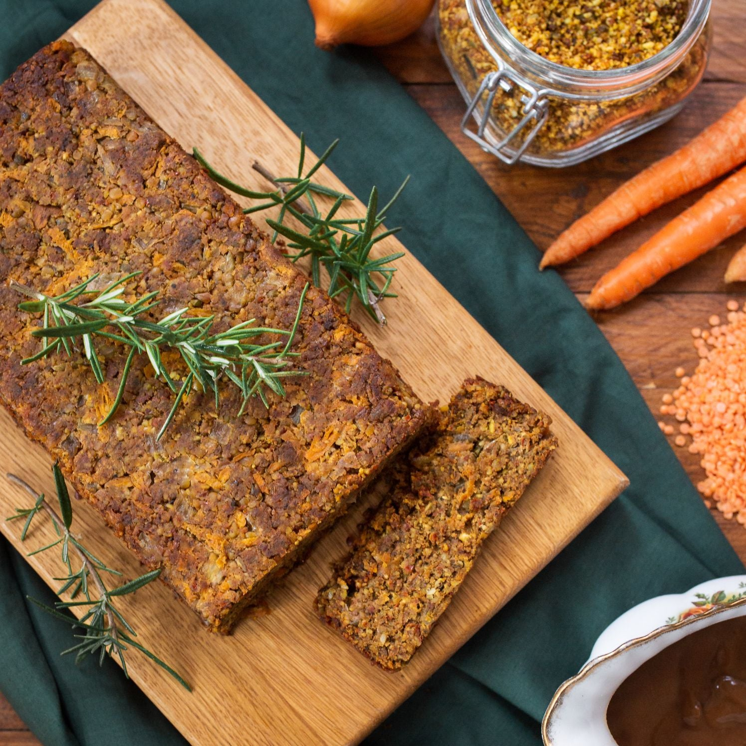 Nut Roast Kit for 4-5 People