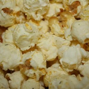 Dill Pickle Popcorn - Nikki