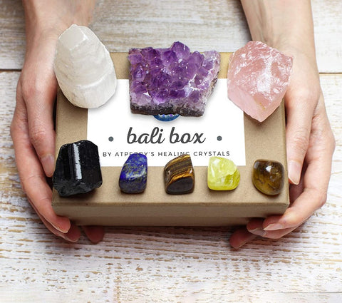 Bali Box - Healing Crystals Set - 8 Natural Chakra Crystals