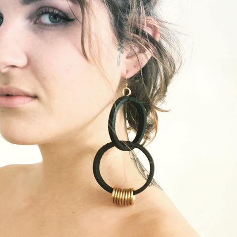 Lather ring earing B