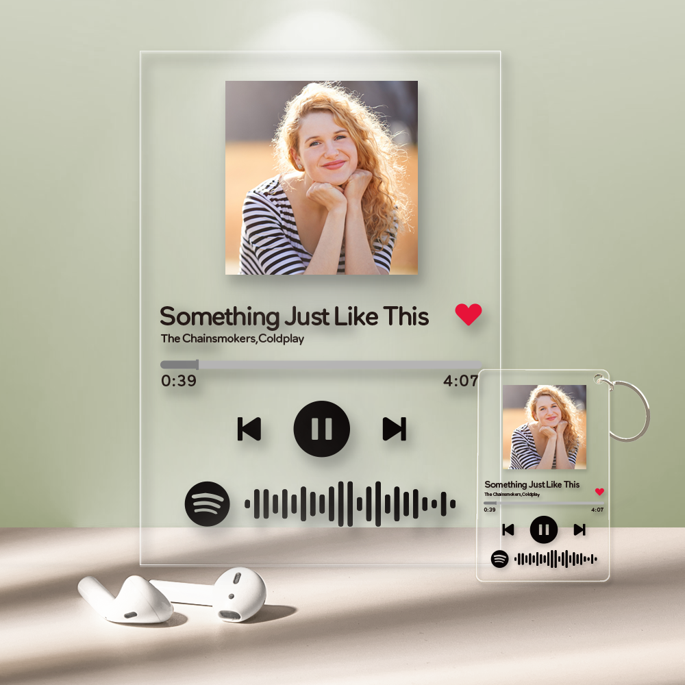 Spotify Glass - Personalized Spotify Code Music Plaque(4.7in x 6.3in) With A Free Same Keychain(2.1in x 3.4in)