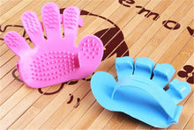 Load image into Gallery viewer, 0172 Rubber Pet Cleaning Massaging Grooming Glove Brush