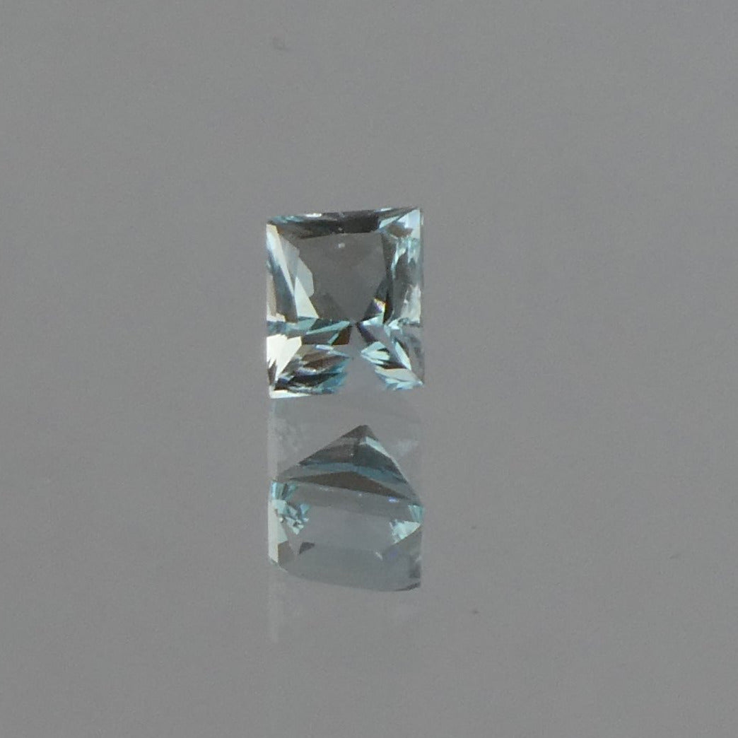 #8 Aquamarine Rectangular Cut 0.7cts