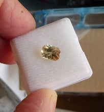 Load image into Gallery viewer, #28 Yellow Tourmaline Radiant-style 1.5cts
