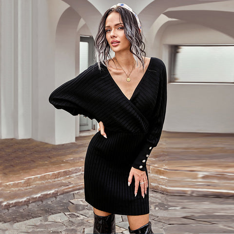 Europe and the United States deep V sexy sweater bag hip skirt autumn and winter new slim solid long sleeves and knee skirt