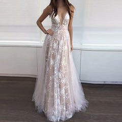 2017 Europe and the United States autumn and winter foreign trade new dress wish quick sale ebay lace deep V dress long skirt