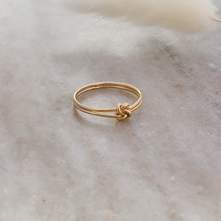 Double Knotted Band