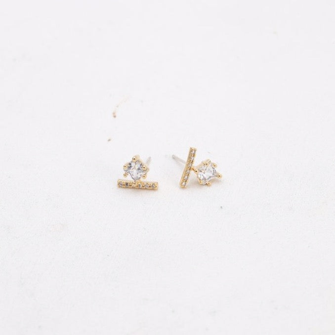 Vale Stud Earrings | LOVER'S TEMPO