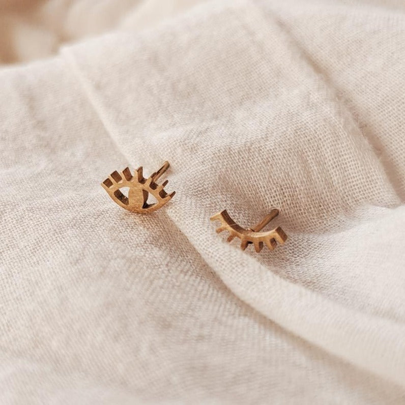 Wink Wink Earrings | MIMI & AUGUST
